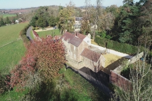 Grove Wood Cottage Drone View